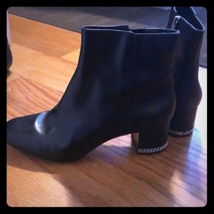 Michael Kors Sabrina leather bootie size 10
